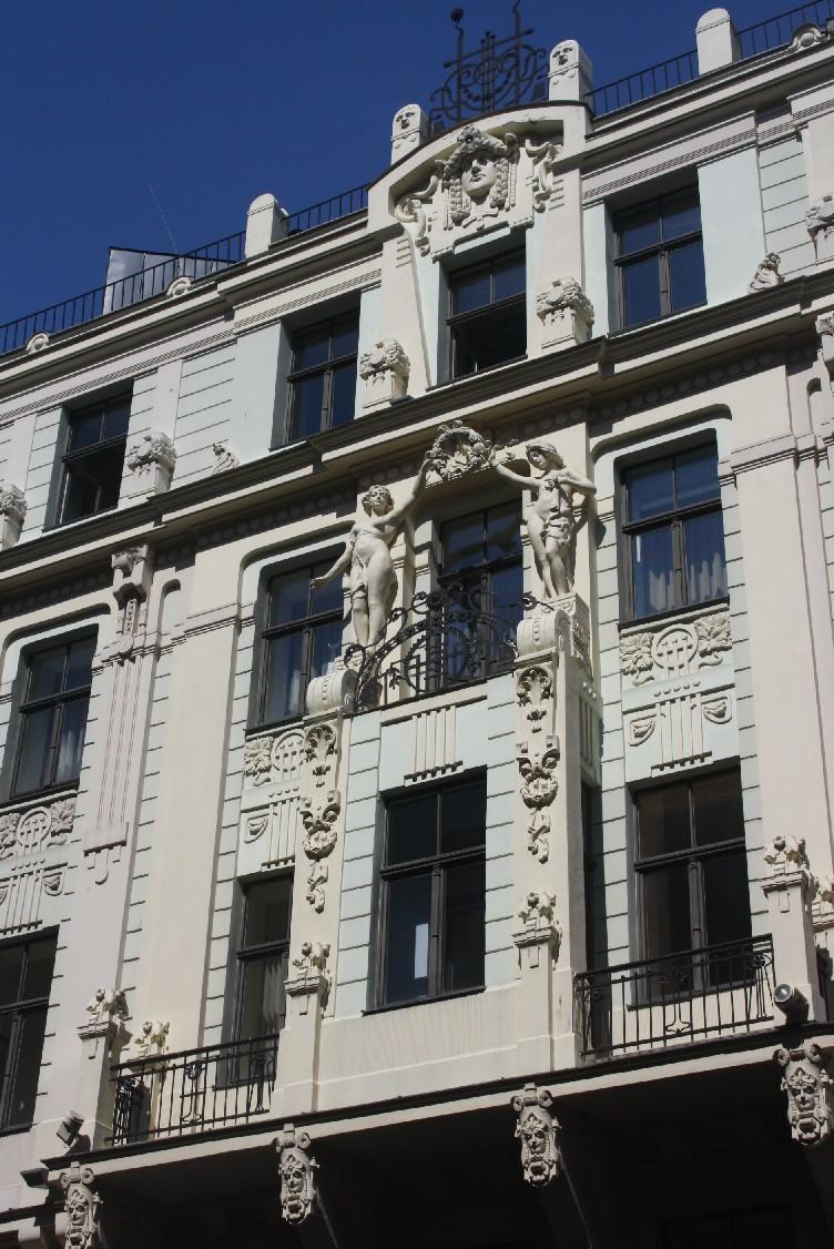 Beim Fassaden-Gucken wird in Riga niemandem langweilig.