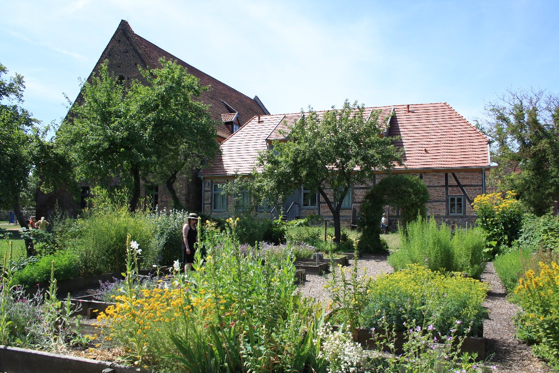 Behind the granery (today a café) and next to a nice playground there is the monastery garden with lots of medicinal herbs.