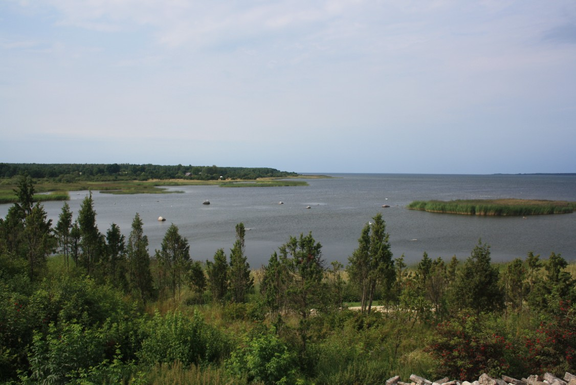 The islands of Saaremaa and Muhu are just as beautiful as the rest of the country.