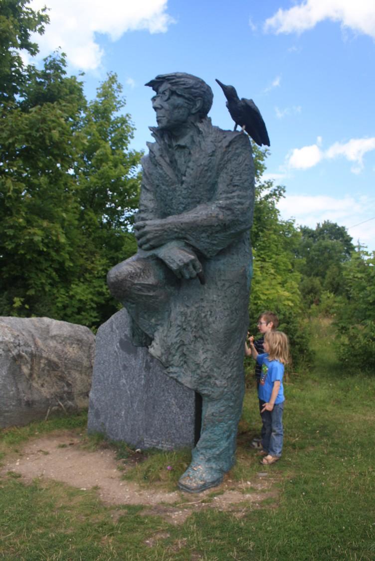 The memorial of Estonia's favourite writer Juhan Smuul.