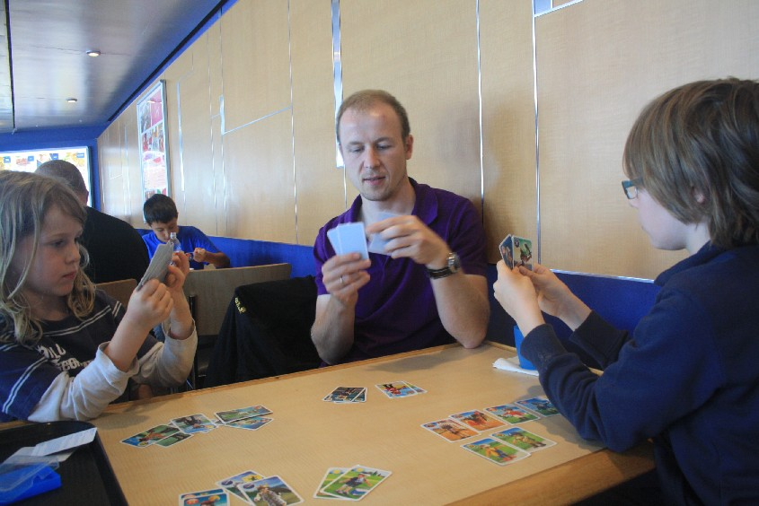 After claiming the very last table in the seating area we had fun playing cards.