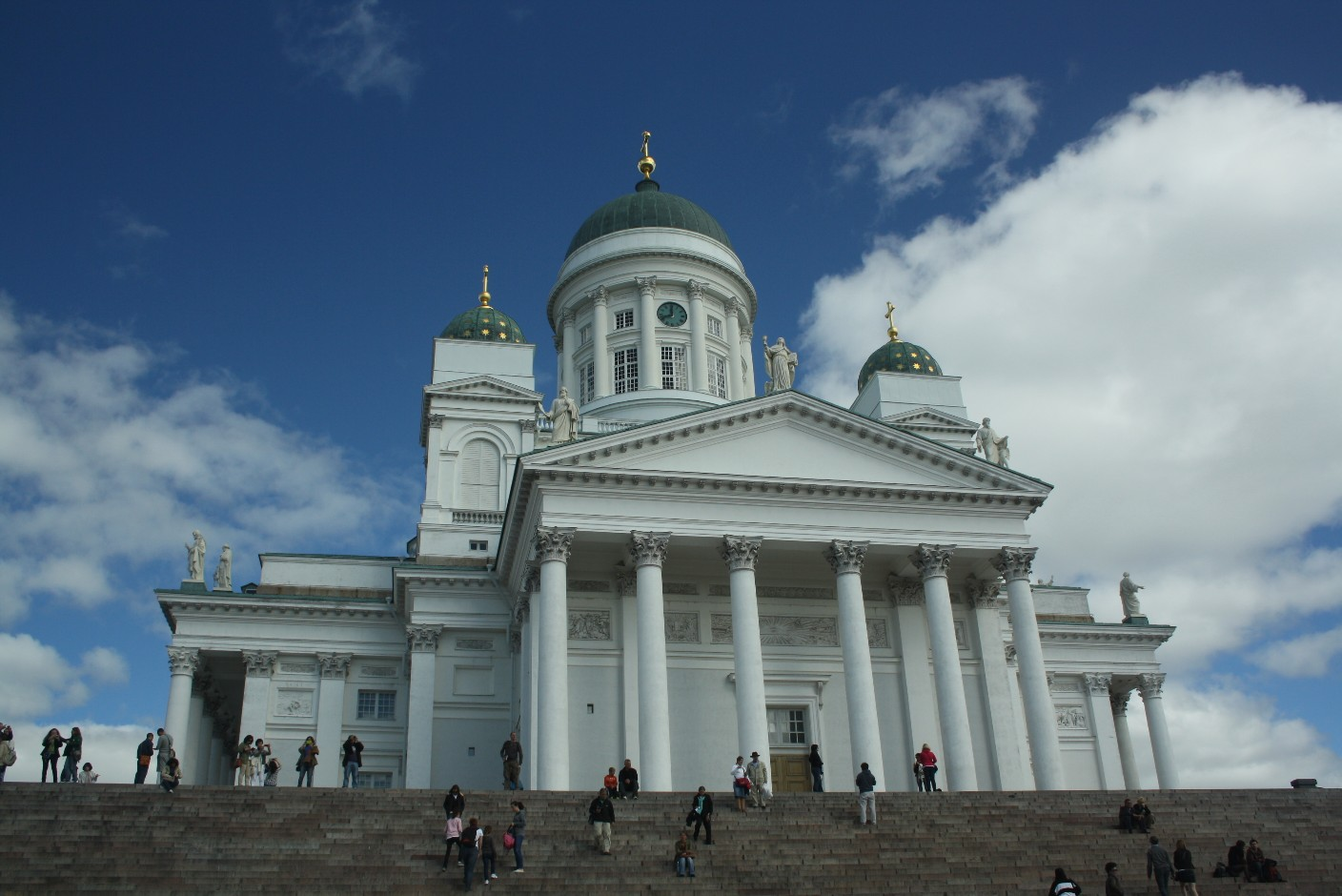 The dome looks like a mixture of a Roman temple and an orthodox church but has always been Lutheran-protestant.