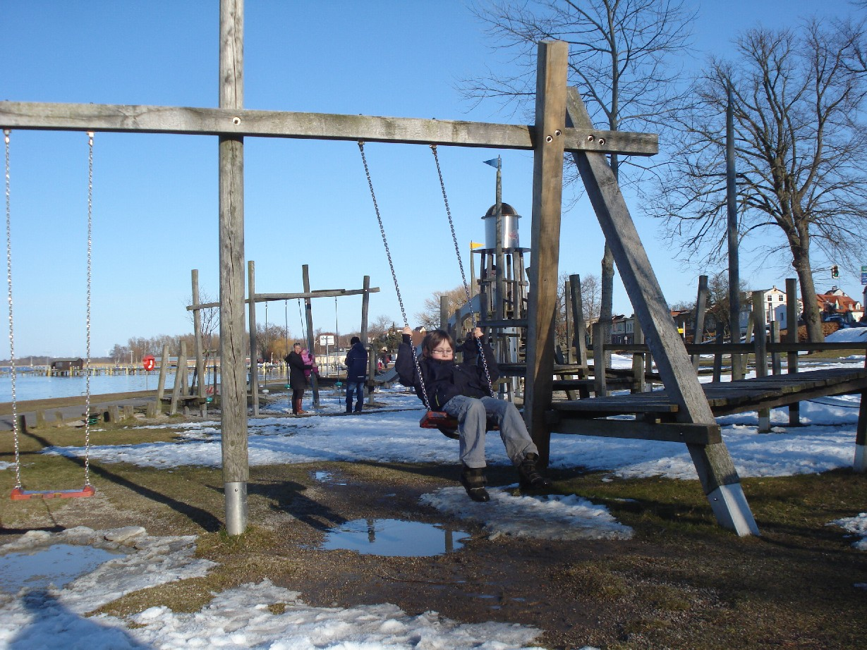 There is a nice playground at the harbor of Ribnitz-Damgarten.