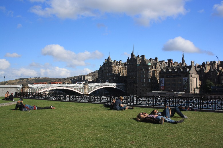 Amazingly picturesque and full of life: Edinburgh on a sunny day.