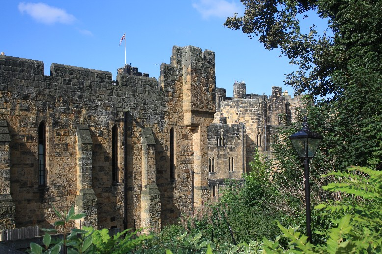 """""""Hogwarts"""" von hinten. Alnwick Castle"""