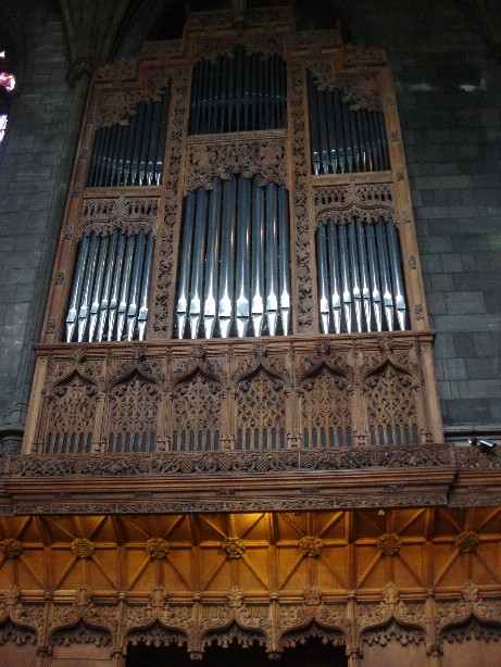 I liked the organ with its carvings.