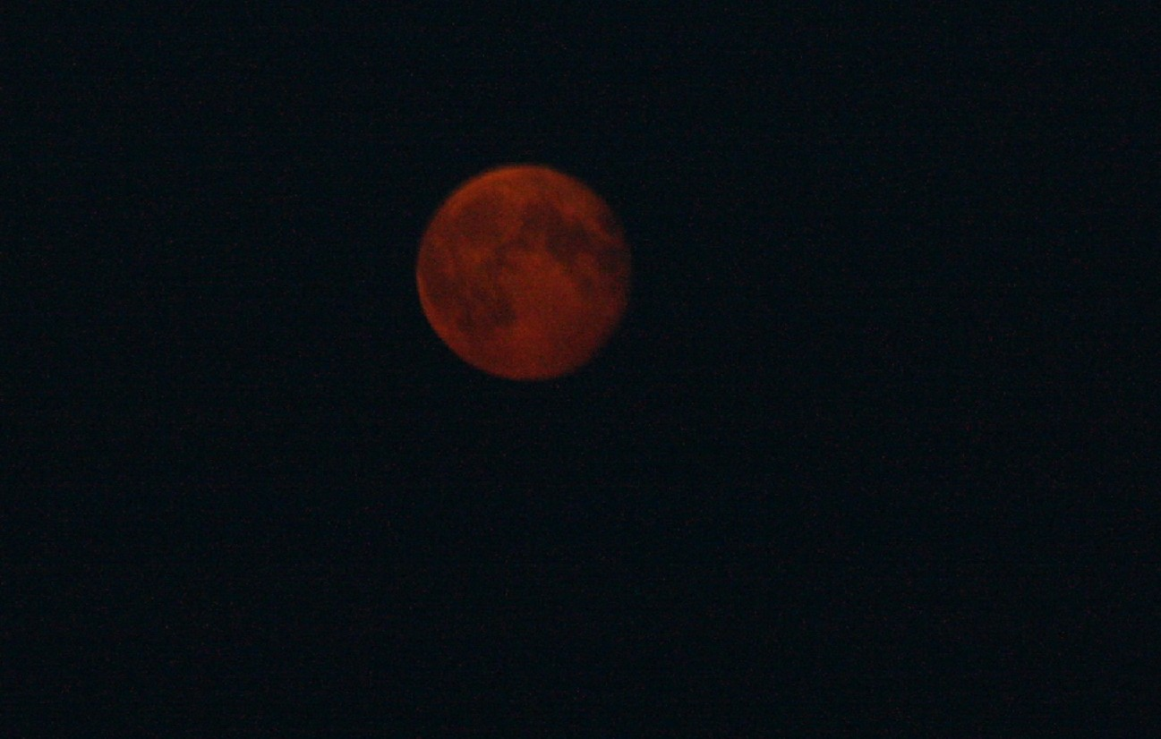And a red moon above the scenery, giving all of it a peculiar feeling.