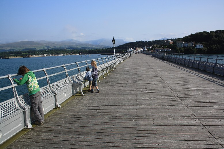Still, a walk on the pier is really very nice.
