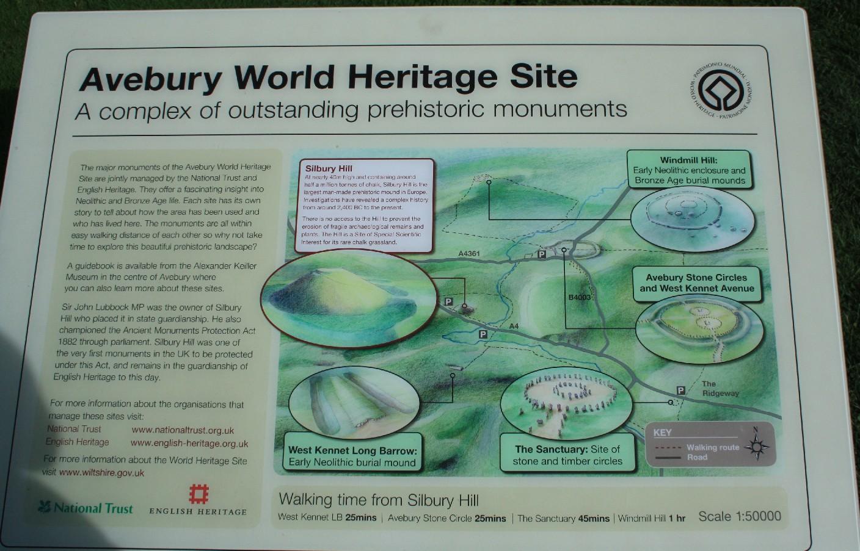 Avebury ist mehr als ein großer Steinkreis: Fünf prähistorische Monumente zählen zur World Heritage Site. (Avebury is more than a giant stone circle - there are four associated sites of prehistoric interest.)