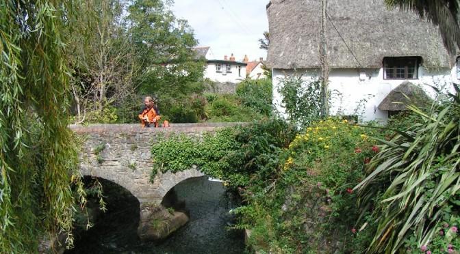 2007 erkundeten wir verwunschene kleine Dörfer im Exmoor... (We explored enchanted little villages.)