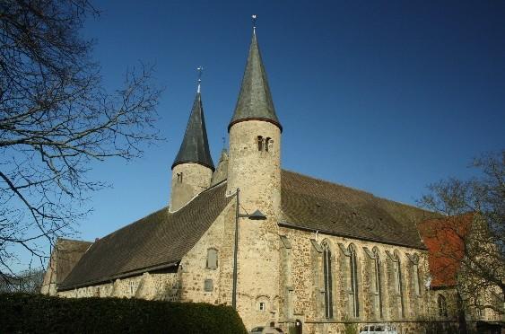 Mehr als 1000 Jahre Geschichte und kein Kuchen (im Kloster Möllenbeck, Deutschland)