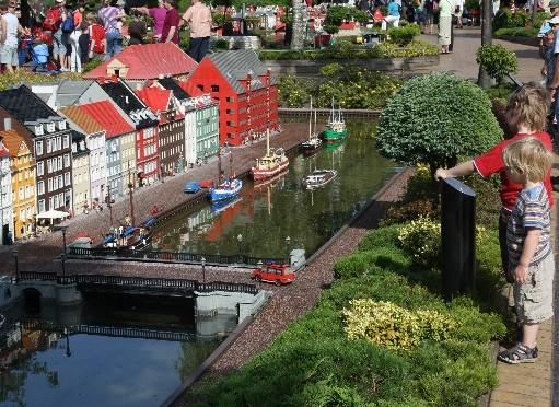 Legoland Billund: Ein Heidenspaß (und ziemlich nass)