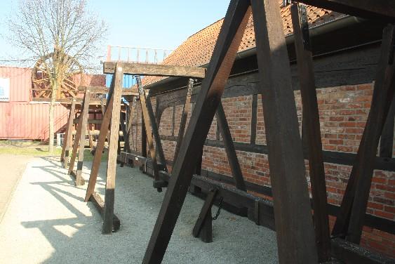 Das 1,3 km lange Pumpgestänge förderte in der frühen Neuzeit die Sole mit Wasserkraft.