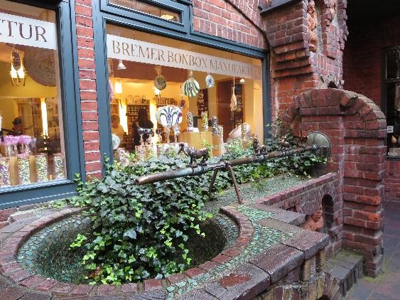 Wer die Bremer Bonbon-Manufaktur besucht, sollte viel Zeit einplanen.