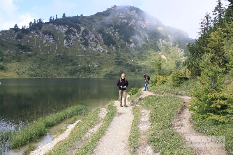 An der Flanke des Großsees kann sich jeder seinen eigenen Wanderweg aussuchen...
