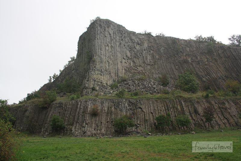 Die Felsorgel von Hegestü ist eine durchaus beeindruckende Gesteinsformation.