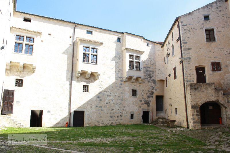 kroatien-istrien-pazin-burg-museum