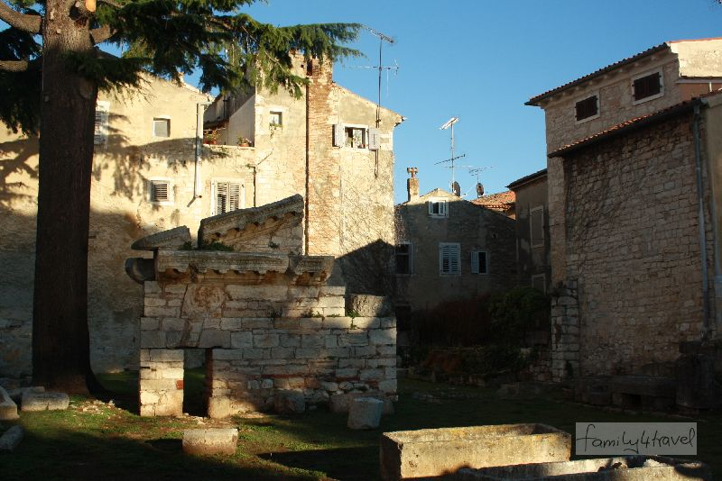kroatien-istrien-porec-tempel