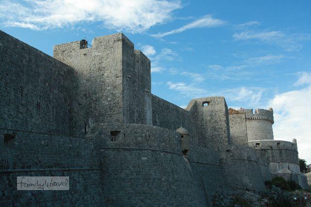 Ein echtes Bollwerk: die Stadtmauern von Dubrovnik.