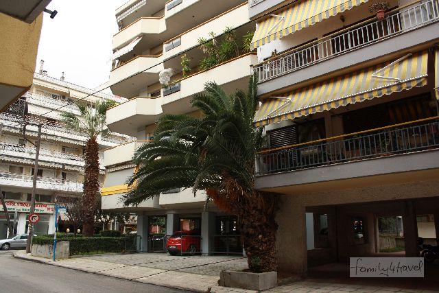 Typisch für Thessaloniki: Apartmentblöcke von streitbarer architektonischer Anmut, aber alle mit Balkons.