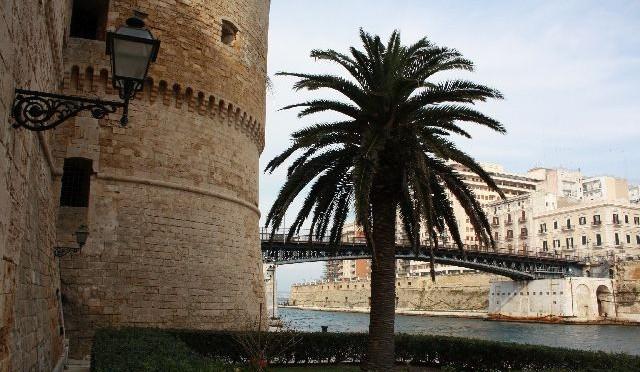 Taranto: Die angeblich dreckigste Stadt Italiens – und was man sich trotzdem unbedingt ansehen sollte