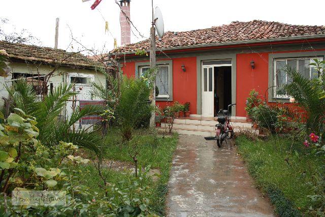 Hauptsache frisch gestrichen: Von außen sah das Zuhause unserer Couchsurfing-Gastgeber richtig hübsch aus, und auch die Bewohner waren sehr, sehr nett.