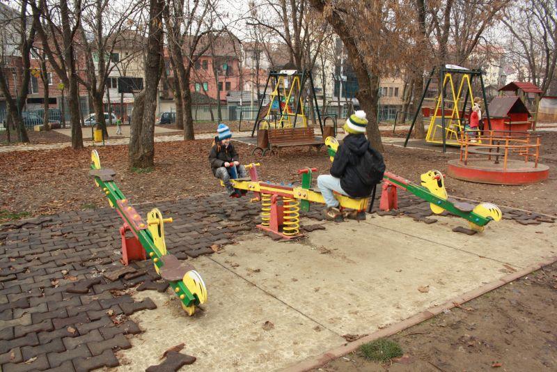 Kindheit in Kosovo hat wenig Perspektive. Ein Spielplatz in Pristina.