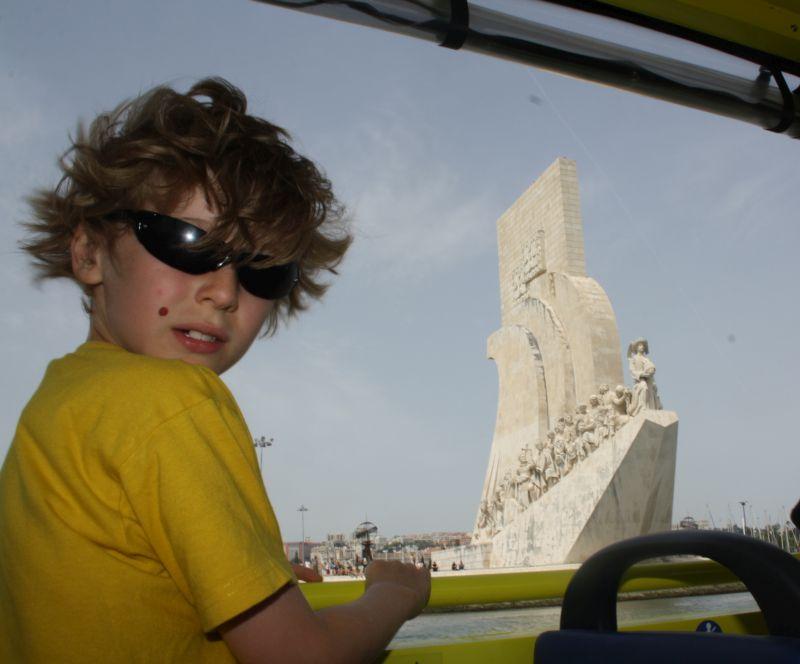 Das Denkmal für Heinrich den Seefahrer macht von der Wasserseite jedenfalls viel mehr her als von Land aus.