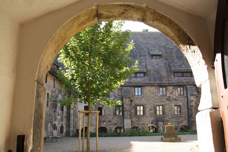 obernkirchen-sandstein-stift