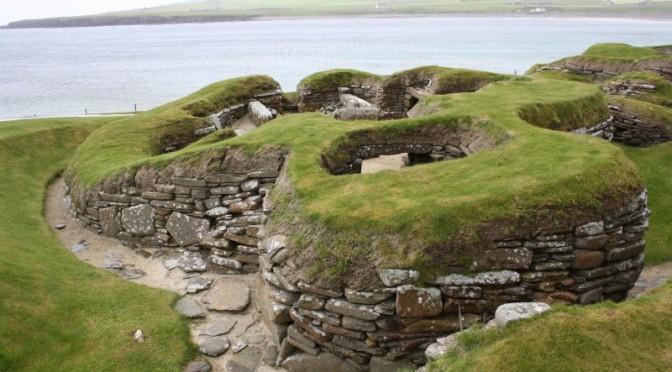 Orkney-Inseln: Skara Brae, das Steinzeitdorf mit den IKEA-Regalen