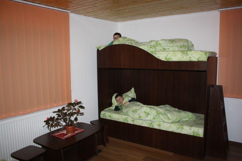 rumänien-unterkunft-pension-familienzimmer-tureni-gold-fayen