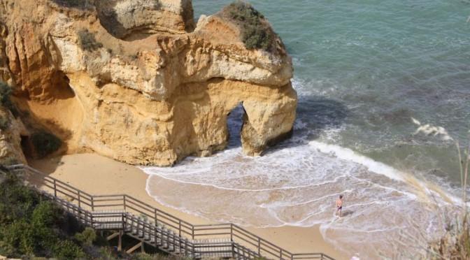Familienurlaub an der Algarve: Relaxen und Bummeln in Lagos