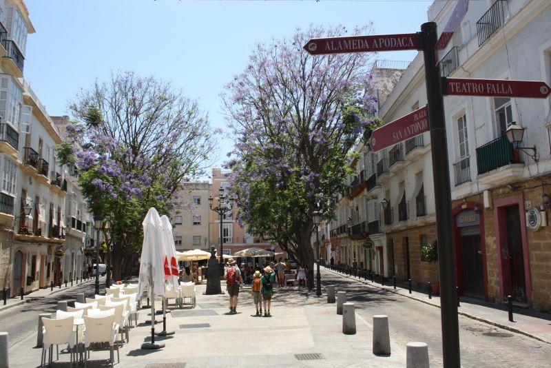 So langsam erreichen wir die hübscheren Ecken von Cadiz.