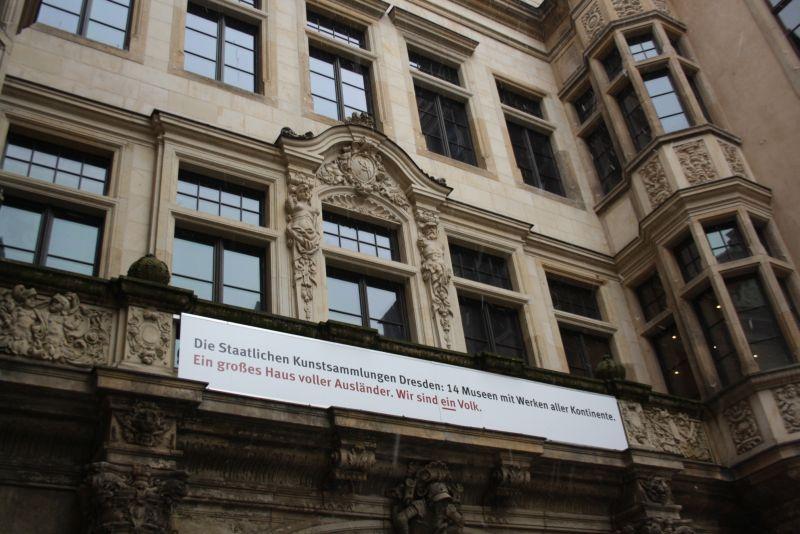 Nach Dresden reisen trotz Pegida: Was für eine Erleichterung: Auch öffentliche Einrichtungen distanzieren sich klar vom fremdenfeindlichen Mob.