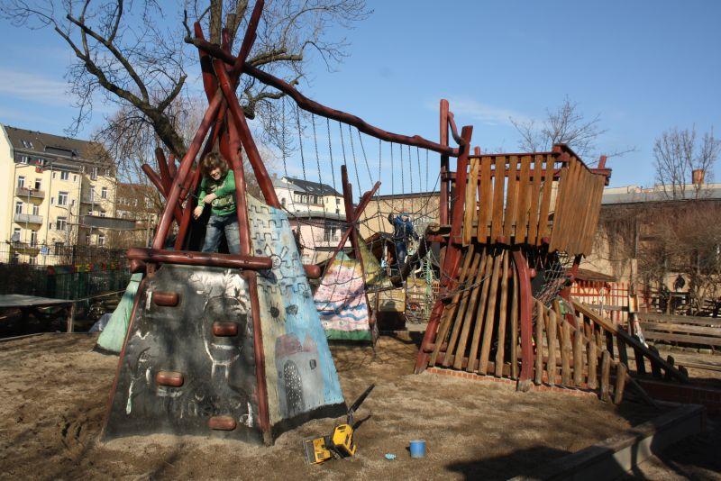 Insel der Seligen: Abenteuerspielplatz Panama in der Seifhennersdorfer Straße.