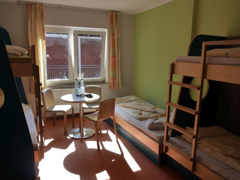 bad zwischenahn jugendherberge familienzimmer. Black Bedroom Furniture Sets. Home Design Ideas