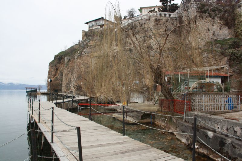 Holzbohlenweg am Ohridsee
