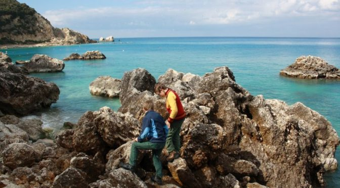Felsenklettern auf Lefkada, Griechenland.