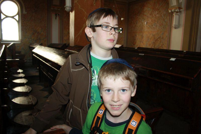 Mit Kindern Synagoge besichtigen