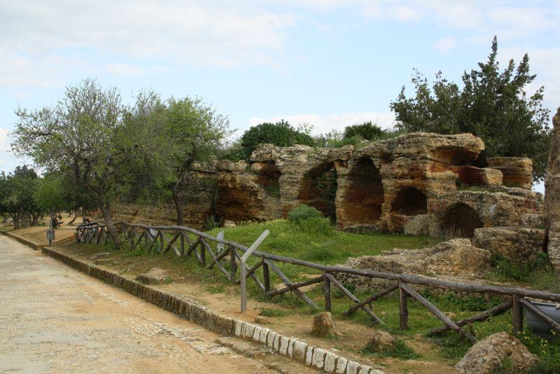 sizilien-agrigento-ruinen-nekopole