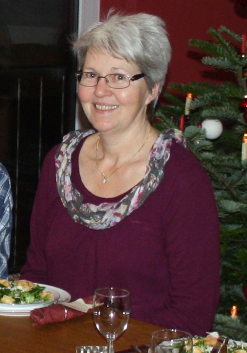 Das ist meine Mama (an Heiligabend 2015 bei uns zu Hause).