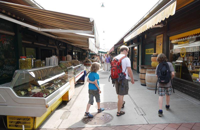 wien-mit-kindern-naschmarkt