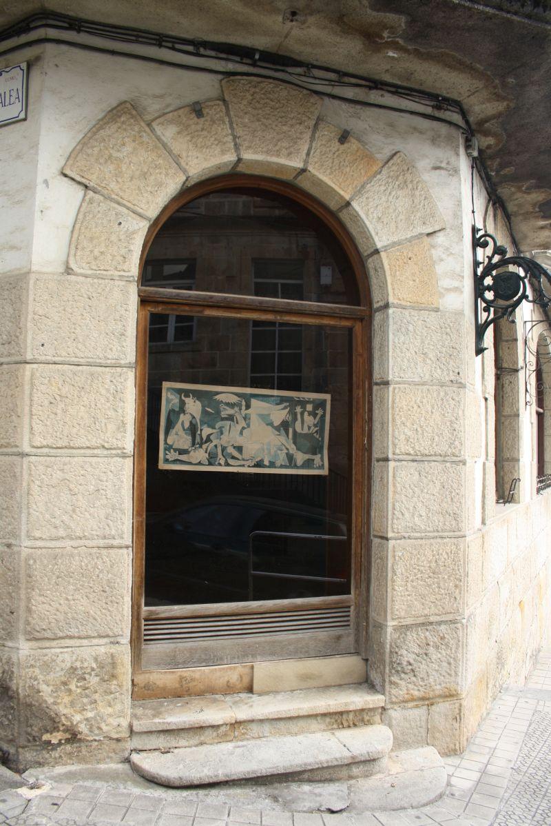 Guernika Bild von Picasso in der Stadt Gernika, Baskenland, Spanien