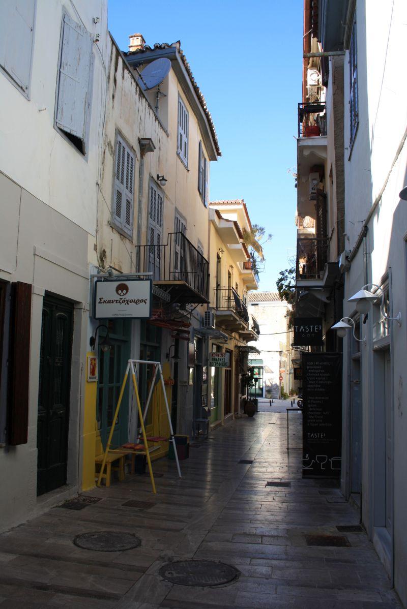 Nafplion, Peloponnes, Griechenland, Gasse