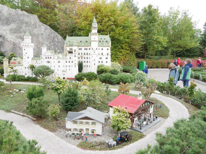 Schloss Neuschwanstein, Miniland, Legoland Deutschland mit älteren Kindern