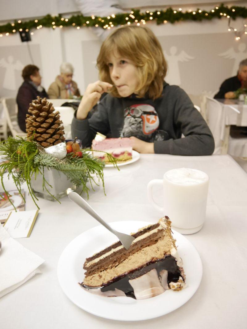 Weihnachtszauber Schloss Bückeburg mit Kindern, Kuchen