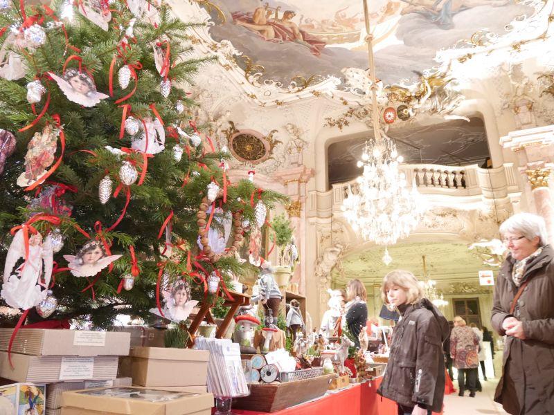 Weihnachtszauber Schloss Bückeburg mit Kindern, Shopping im Schloss