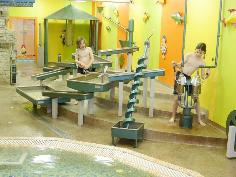 Familienurlaub im Schwarzwald, Feldberger Hof, Indoor-Wasserspielplatz