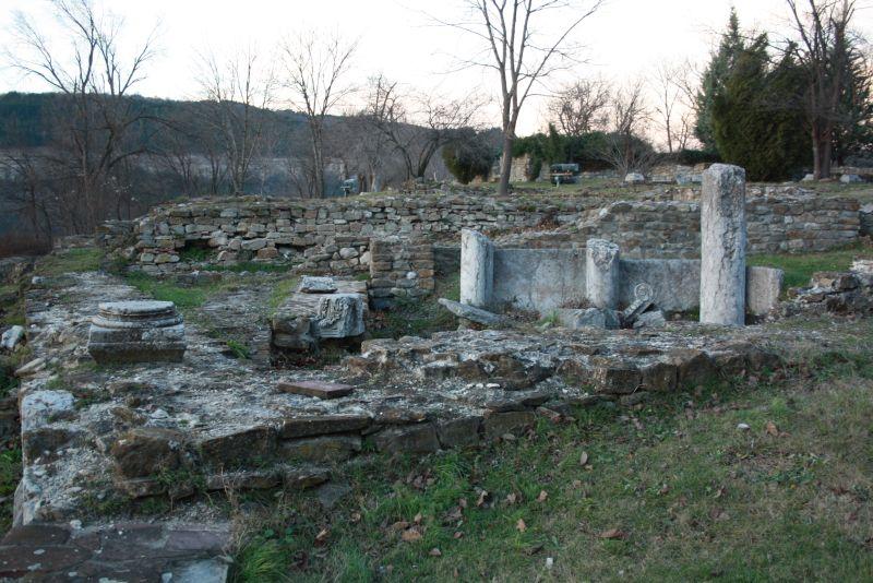 Weliko Tarnowo (Veliko Tarnovo), Ruinen Zarewez