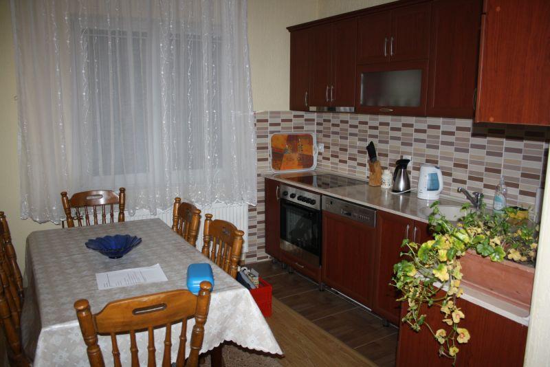 Küche der Ferienwohnung in Pristina, Kosovo als Reiseziel
